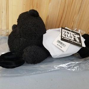 4d5ff600 Uniqlo x KAWS Accessories - Kaws x Peanuts x Uniqlo Small Snoopy Plush New